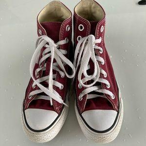 Dark Red Converse Sneakers Women's 6/Men's 4